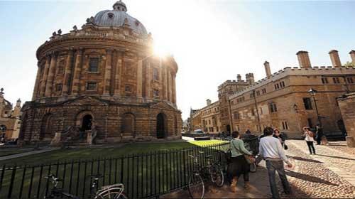 Oxford huy động 90 triệu bảng anh để cứu vãn việc học tập - Oxford asks for £90m to save academic jobs