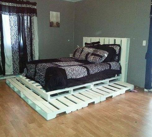 Giường pallet gỗ sơn trắng