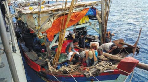 Thái Lan bắt giữ năm tàu đánh cá Việt Nam - Thailand detains five Vietnamese fishing boats