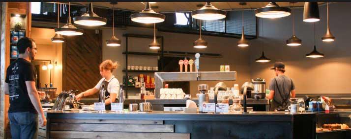 For coffee chains to survive, investors need to prepare for the long term - Để các chuỗi cửa hàng cà phê tồn tại, nhà đầu tư cần phải chuẩn bị cho dài hạn