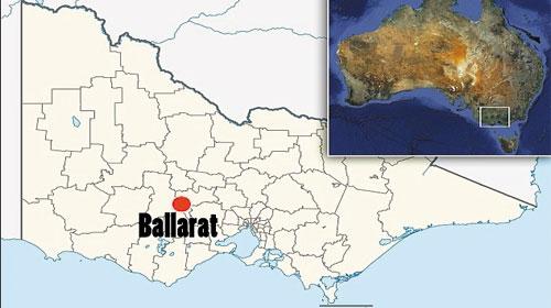 Tin tức thời sự quốc tế: Australian amateur prospector finds massive gold nugget