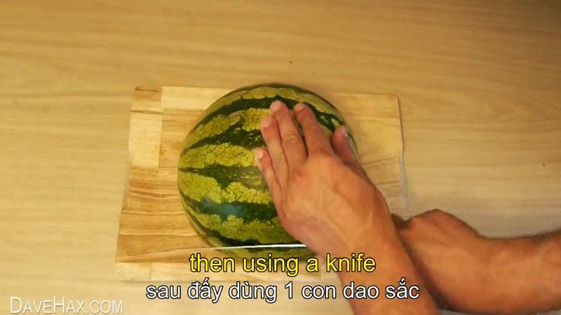 Cách ăn dưa hấu